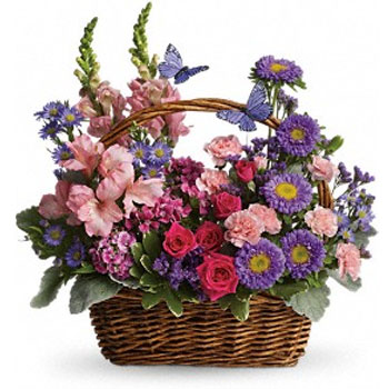 Take a walk through a country meadow with this fresh flower basket!