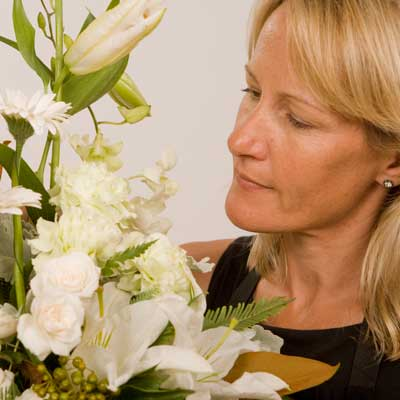 A florist choice is not the same as the picture , the flowers & colours will vary in this bouquet