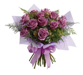 The luxurious choice for the lavender lover in your life, this dazzling dozen will win their heart.