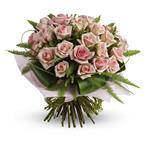 What a beautiful bunch! Punch up the romance with this lush, lovely bouquet of whisper-pink roses.